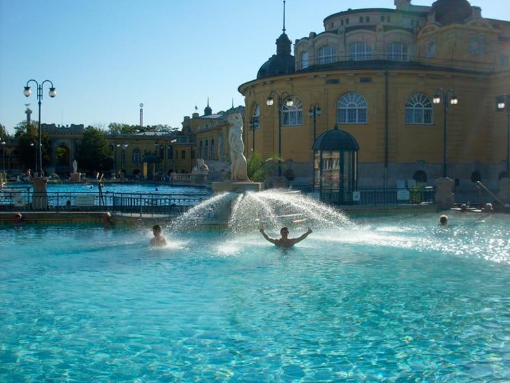 Сечени – комплекс термальных источников в Будапеште