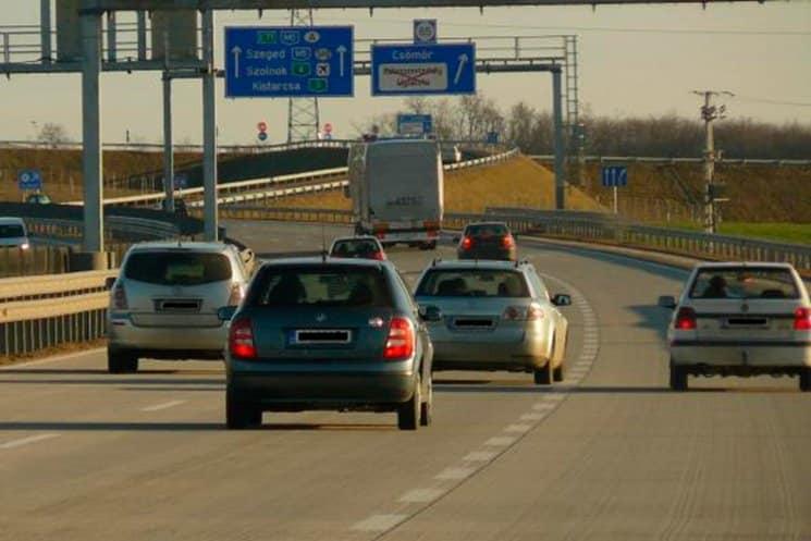 Соблюдать скоростной режим следует и на автострадах, и на городах