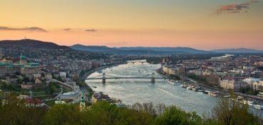 Мосты в Будапеште до 1973 года соединяли 2 отдельных города Буда и Пешт