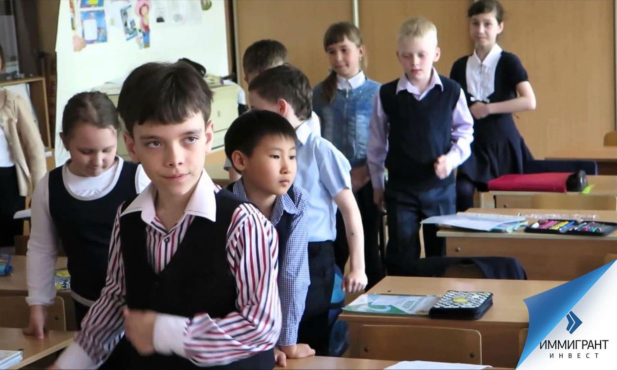 В 95 % венгерских школ курс Закона Божьего, где изучают религию в Венгрии, – факультативный
